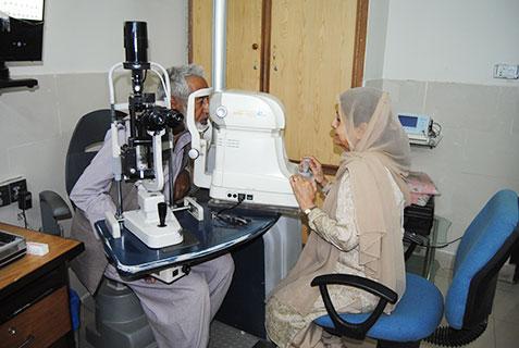 Eye Disorders, Al-Khidmat Raazi