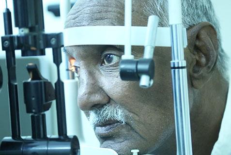 diagnosis & treatment, Eye disorders, Al-Khidmat Raazi