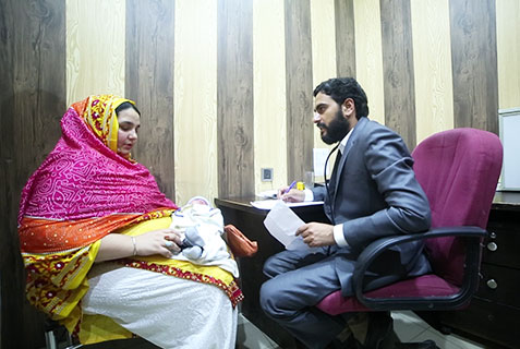 Detailed Discussion With Patients, Al-Khidmat Raazi
